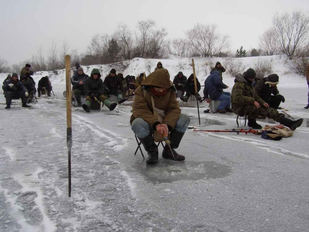 О тактике поиска рыбы зимой по легкой и тяжелой воде